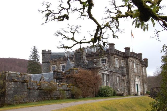 Achnacarry_Castle—Scotland
