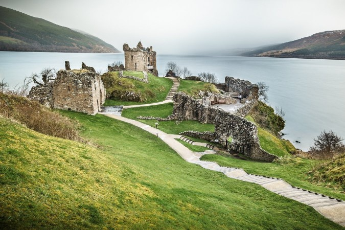 Urquhart-Castle1 (1) 123