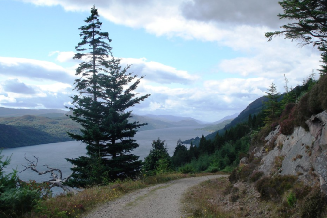 Route passing Creag Dhearg